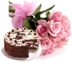 Celebration Time 10 Roses & Cake