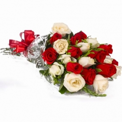20 Red & White Roses Bunch