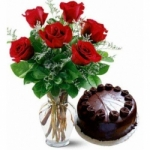 Elite Combo 10 Roses with Chocolate Cake
