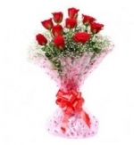 Charming 10 Red Roses