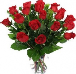 18 Red Rose In Vase