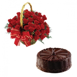 Memorable Moments 50 Red Roses and 1/2 Kg Chocolate Cake