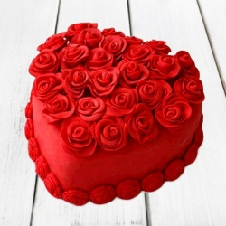 Rose Cake Heart Shape